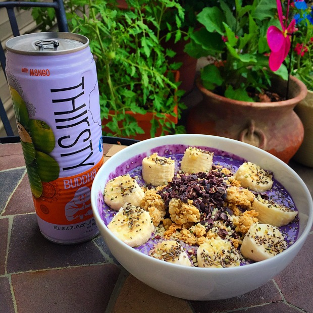 smoothie bowl, vegan, acai bowls, coconut water, fitness, superfoods healthy,